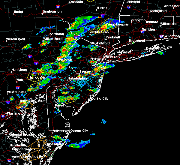 Radar Image for Severe Thunderstorms near Paterson, NJ at 7/1/2016 3:22 PM EDT