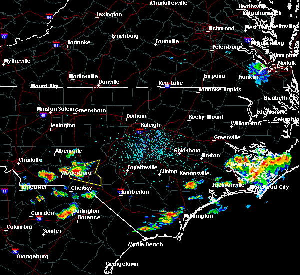 Radar Image for Severe Thunderstorms near Pinehurst, NC at 7/4/2016 3:56 PM EDT