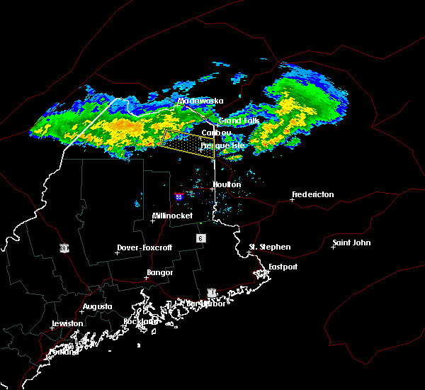Radar Image for Severe Thunderstorms near Presque Isle, ME at 7/4/2016 8:32 PM EDT
