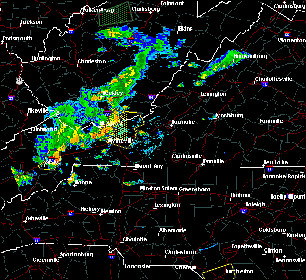 Radar Image for Severe Thunderstorms near Mountain City, TN at 7/4/2016 9:12 PM EDT