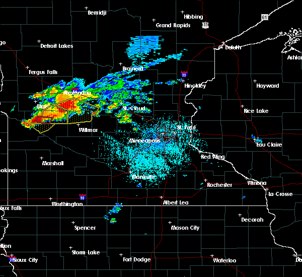 Radar Image for Severe Thunderstorms near Benson, MN at 7/5/2016 3:25 PM CDT