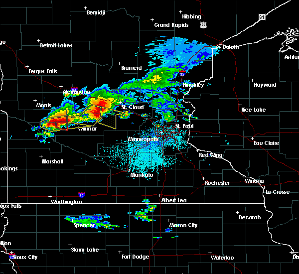 Radar Image for Severe Thunderstorms near Raymond, MN at 7/5/2016 4:17 PM CDT