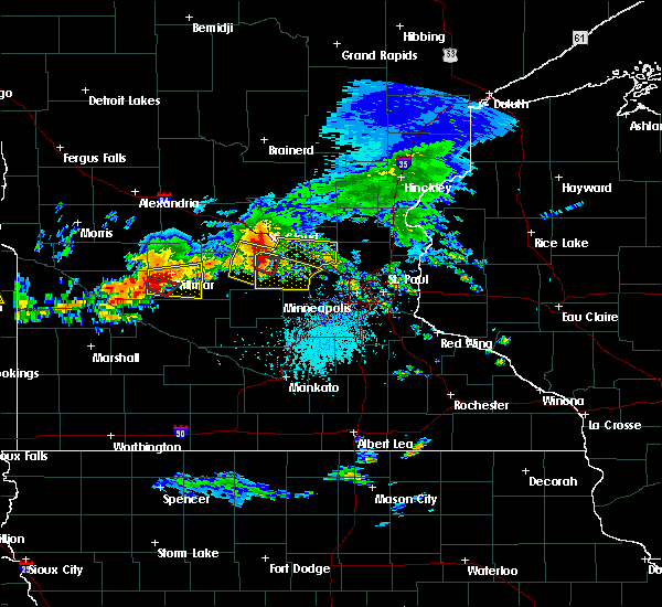 Radar Image for Severe Thunderstorms near Annandale, MN at 7/5/2016 4:49 PM CDT