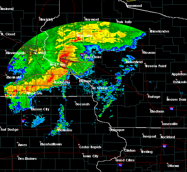 Radar Image for Severe Thunderstorms near Durand, WI at 7/5/2016 8:52 PM CDT