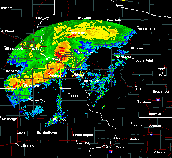 Radar Image for Severe Thunderstorms near Durand, WI at 7/5/2016 8:55 PM CDT