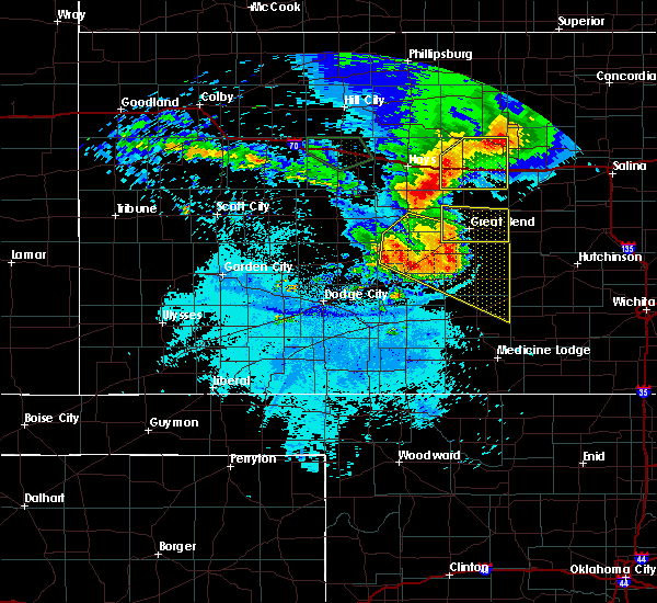 Radar Image for Severe Thunderstorms near Hoisington, KS at 7/6/2016 12:30 AM CDT