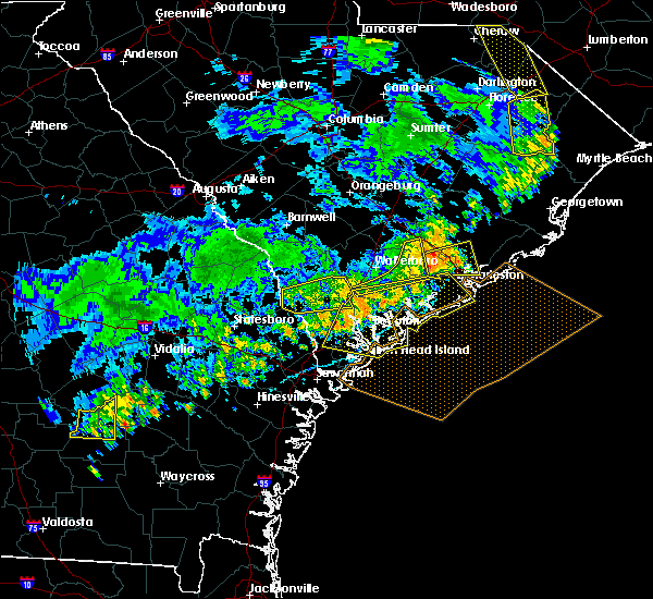 Radar Image for Severe Thunderstorms near Edisto Beach, SC at 7/6/2016 6:18 PM EDT