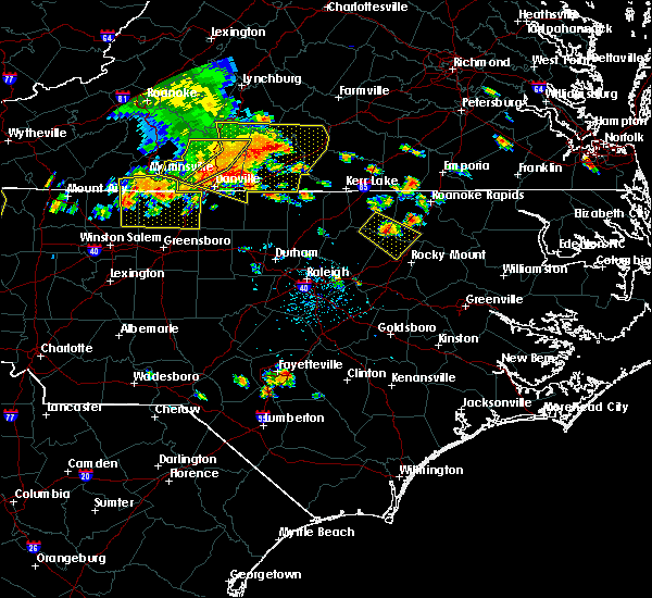 Radar Image for Severe Thunderstorms near Hollister, NC at 7/8/2016 6:31 PM EDT