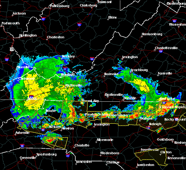 Radar Image for Severe Thunderstorms near Dobson, NC at 7/8/2016 7:47 PM EDT