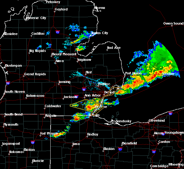 Radar Image for Severe Thunderstorms near Dundee, MI at 7/8/2016 8:11 PM EDT