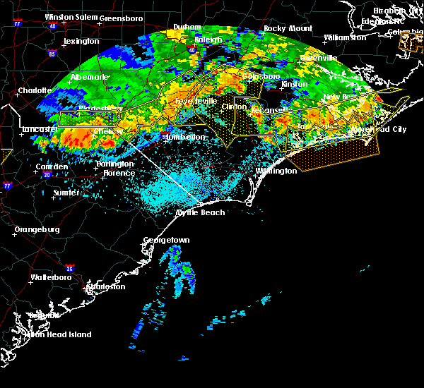 Radar Image for Severe Thunderstorms near Orrum, NC at 7/8/2016 10:39 PM EDT
