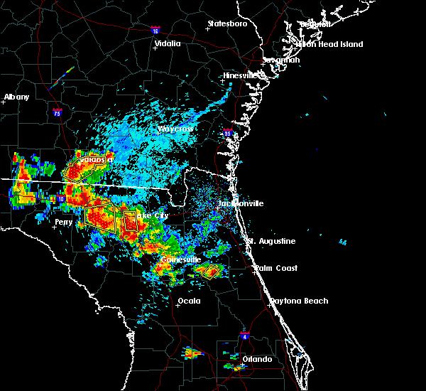 Radar Image for Severe Thunderstorms near Palatka, FL at 7/12/2016 6:04 PM EDT