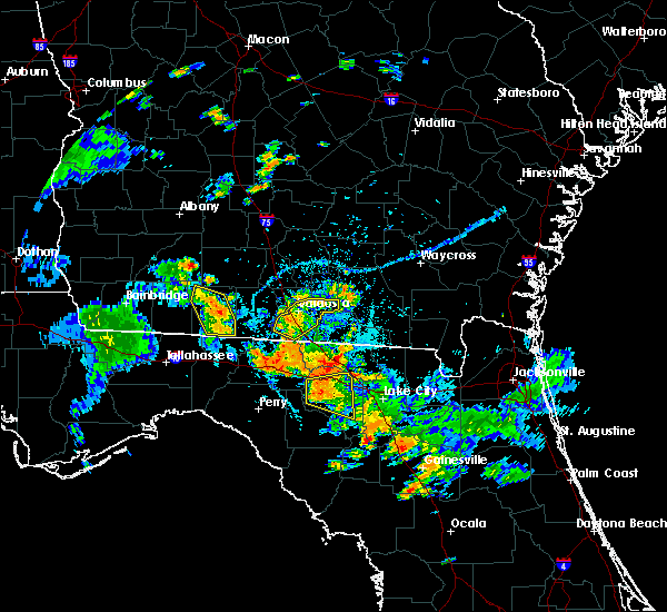 Radar Image for Severe Thunderstorms near Live Oak, FL at 7/12/2016 6:31 PM EDT
