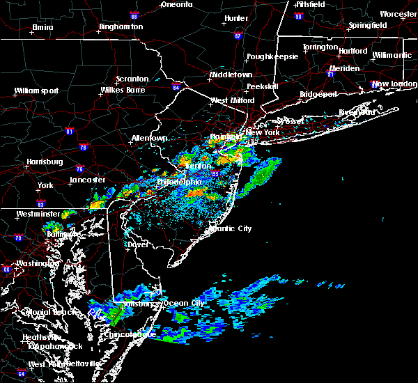 Radar Image for Severe Thunderstorms near Browns Mills, NJ at 7/16/2016 3:57 PM EDT