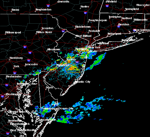 Radar Image for Severe Thunderstorms near Browns Mills, NJ at 7/16/2016 4:11 PM EDT