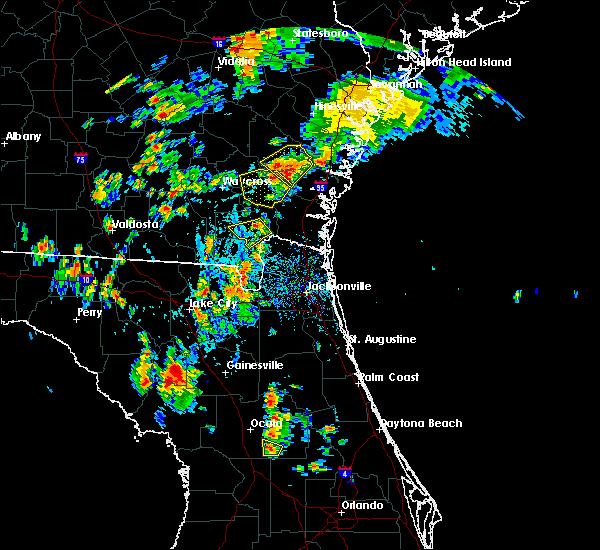 Radar Image for Severe Thunderstorms near Homeland, GA at 7/17/2016 5:27 PM EDT