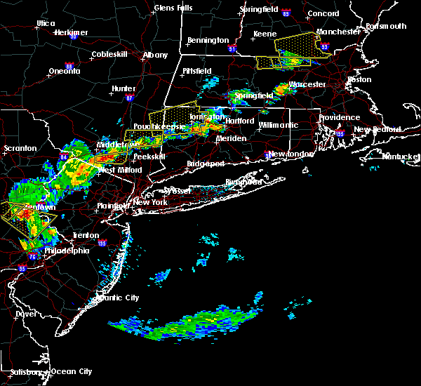 Radar Image for Severe Thunderstorms near Waterbury, CT at 7/18/2016 3:17 PM EDT