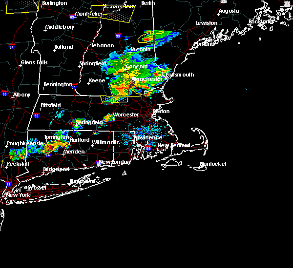 Radar Image for Severe Thunderstorms near Methuen Town, MA at 7/18/2016 3:21 PM EDT