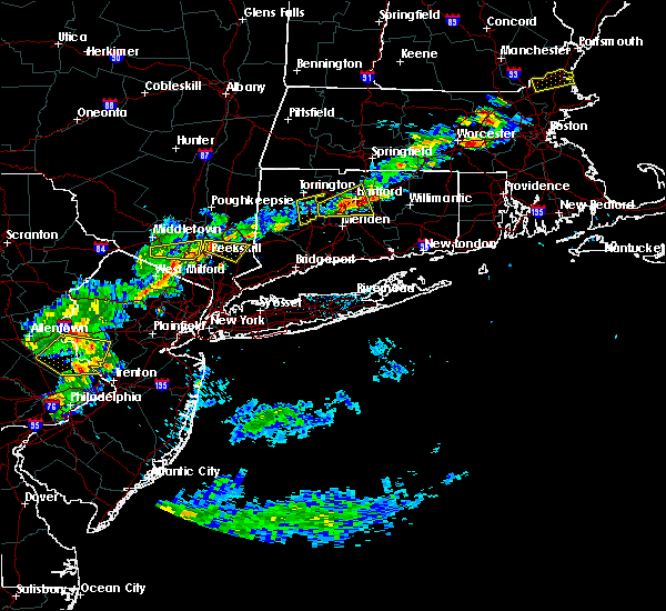 Radar Image for Severe Thunderstorms near Waterbury, CT at 7/18/2016 3:42 PM EDT