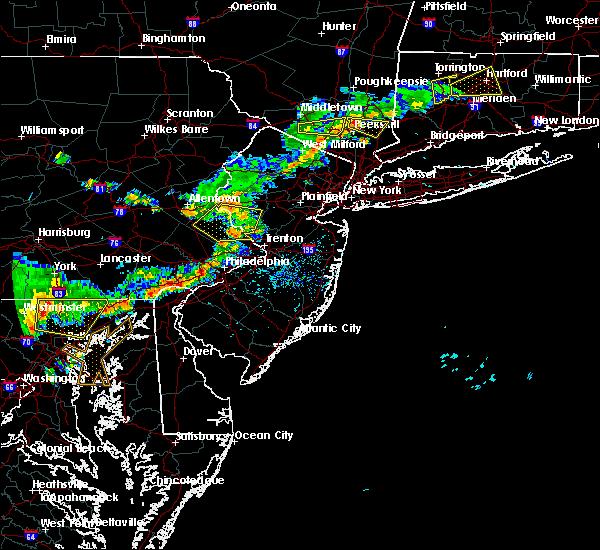 Radar Image for Severe Thunderstorms near Flemington, NJ at 7/18/2016 3:46 PM EDT