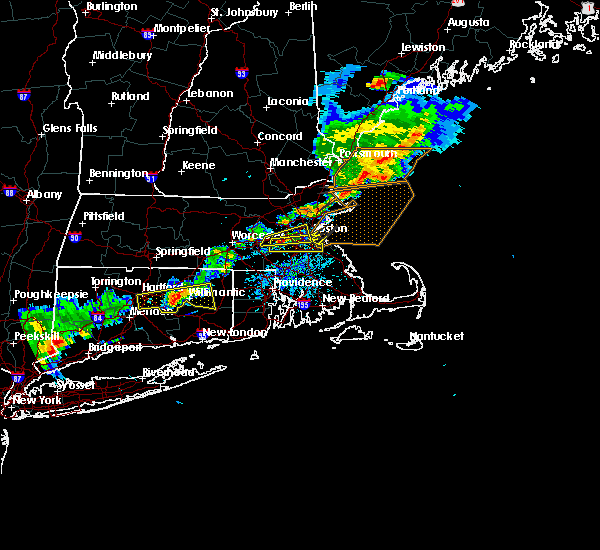 Radar Image for Severe Thunderstorms near Medfield, MA at 7/18/2016 4:17 PM EDT