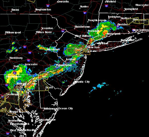 Radar Image for Severe Thunderstorms near Roselle Park, NJ at 7/18/2016 4:45 PM EDT