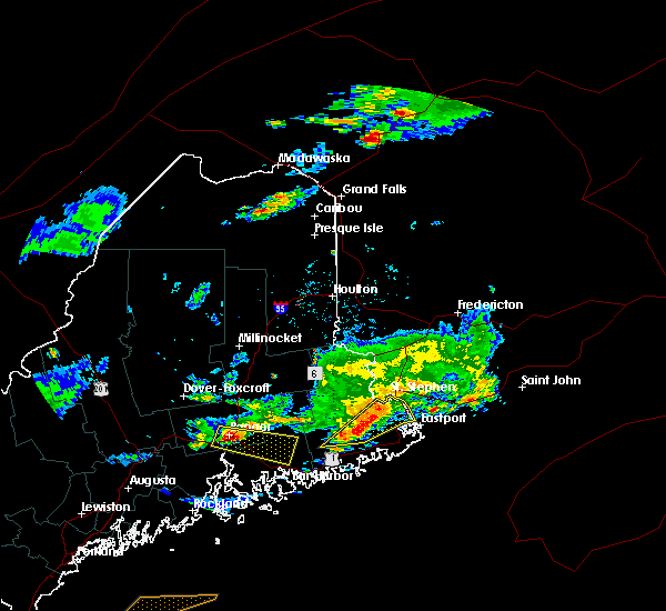 Radar Image for Severe Thunderstorms near Woodland, ME at 7/18/2016 5:10 PM EDT