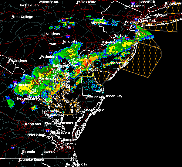 Radar Image for Severe Thunderstorms near Dover, DE at 7/18/2016 5:23 PM EDT
