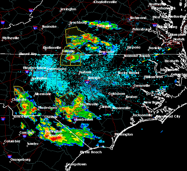 Radar Image for Severe Thunderstorms near Vander, NC at 7/20/2016 12:18 AM EDT