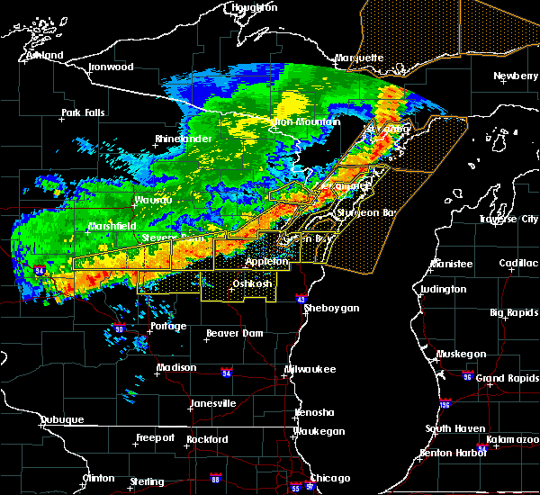 Radar Image for Severe Thunderstorms near Abrams, WI at 7/21/2016 8:18 AM CDT