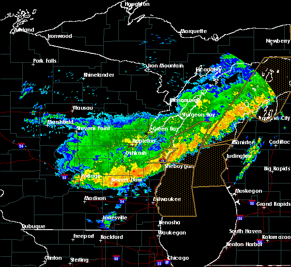 Radar Image for Severe Thunderstorms near Manitowoc, WI at 7/21/2016 9:50 AM CDT