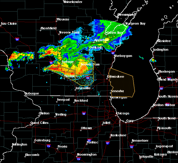 Radar Image for Severe Thunderstorms near Helenville, WI at 7/21/2016 5:58 PM CDT