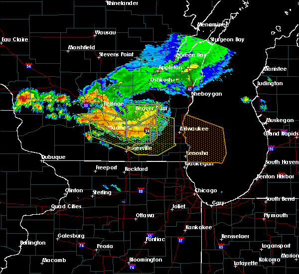 Radar Image for Severe Thunderstorms near Lake Geneva, WI at 7/21/2016 6:13 PM CDT
