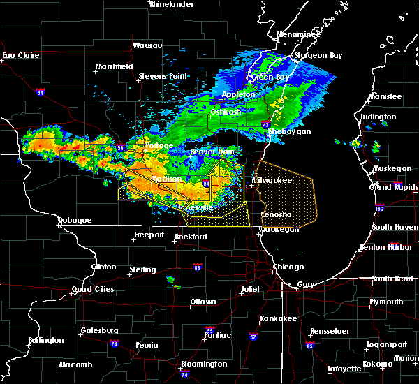Radar Image for Severe Thunderstorms near Lake Geneva, WI at 7/21/2016 6:39 PM CDT