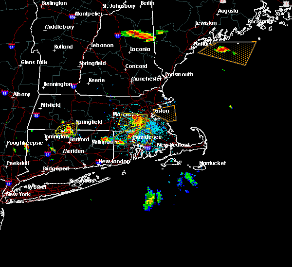 Radar Image for Severe Thunderstorms near Franklin Town, MA at 7/22/2016 8:34 PM EDT
