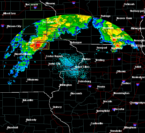 Radar Image for Severe Thunderstorms near Rowley, IA at 7/23/2016 3:30 PM CDT