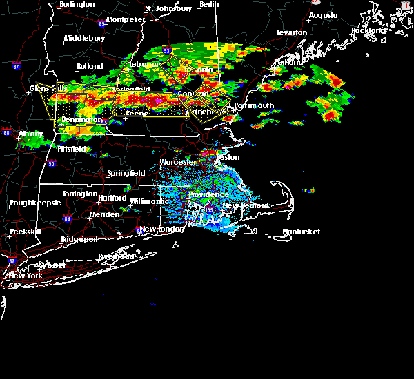 Radar Image for Severe Thunderstorms near Nahant, MA at 7/23/2016 5:49 PM EDT