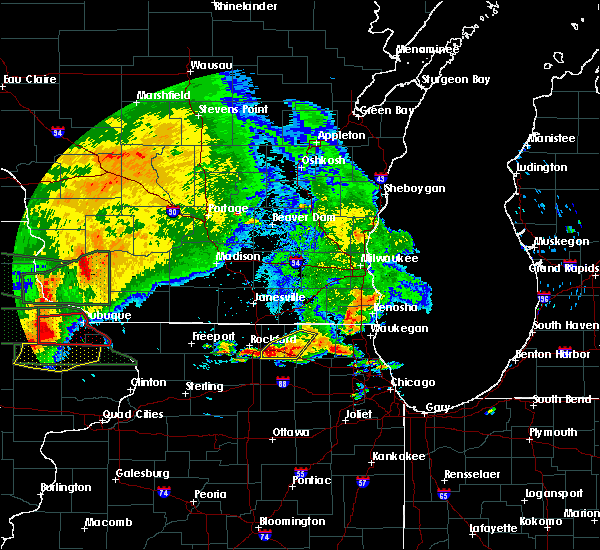 Radar Image for Severe Thunderstorms near Woodstock, IL at 7/23/2016 4:55 PM CDT