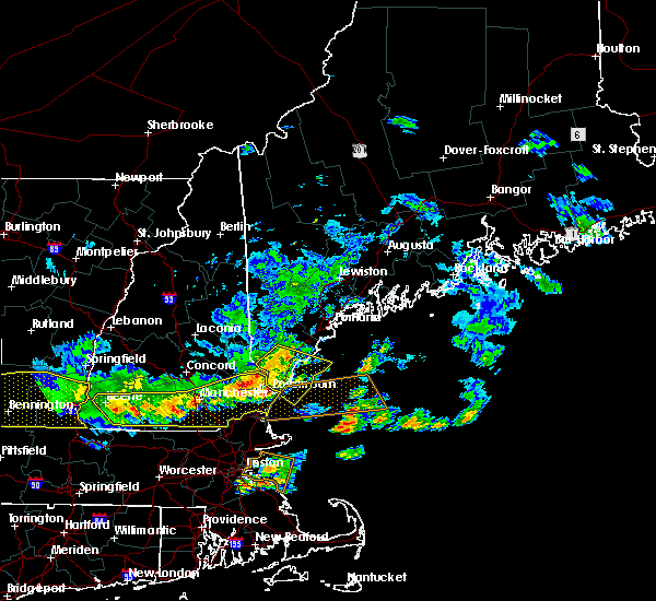 Radar Image for Severe Thunderstorms near South Eliot, ME at 7/23/2016 6:34 PM EDT