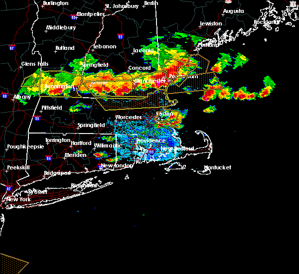 Radar Image for Severe Thunderstorms near Lowell, MA at 7/23/2016 6:43 PM EDT