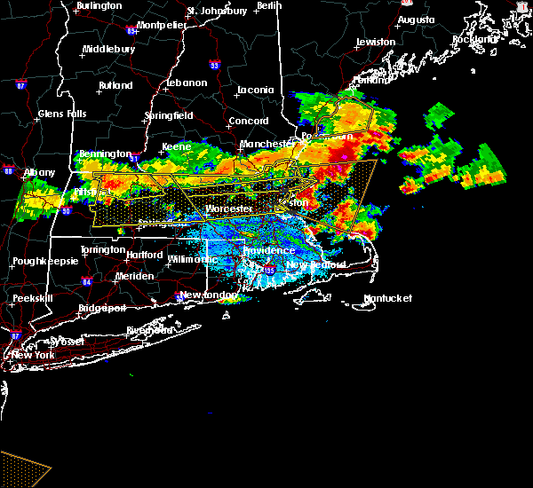 Radar Image for Severe Thunderstorms near Lowell, MA at 7/23/2016 7:34 PM EDT