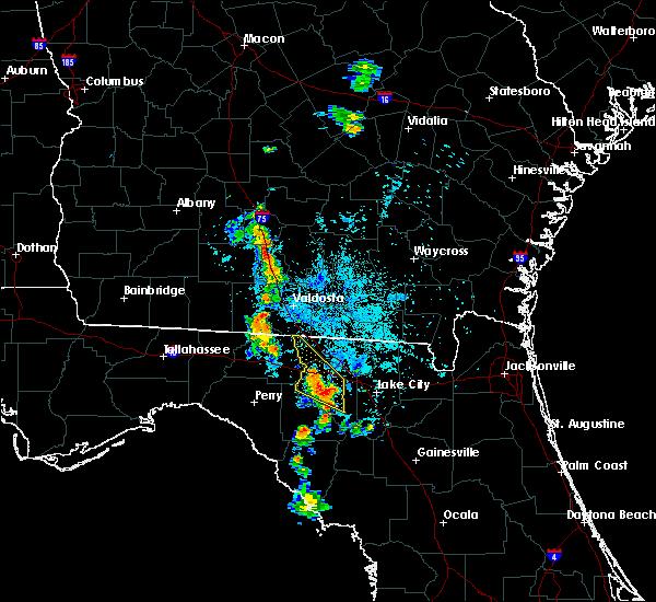 Radar Image for Severe Thunderstorms near Live Oak, FL at 7/24/2016 9:17 PM EDT