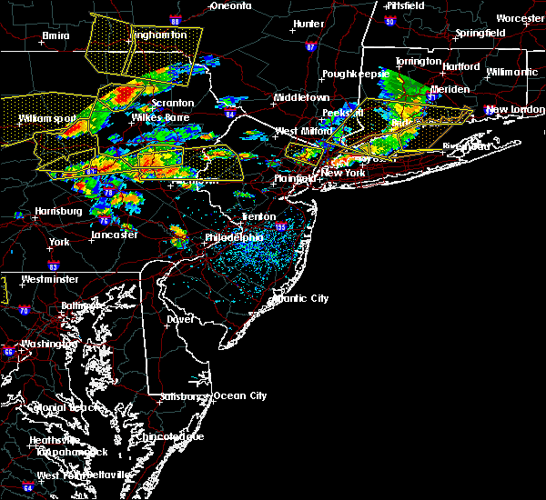 Radar Image for Severe Thunderstorms near Mountain Lake, NJ at 7/25/2016 3:56 PM EDT