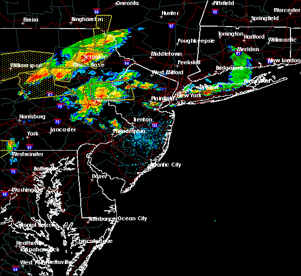 Radar Image for Severe Thunderstorms near Mountain Lake, NJ at 7/25/2016 4:31 PM EDT