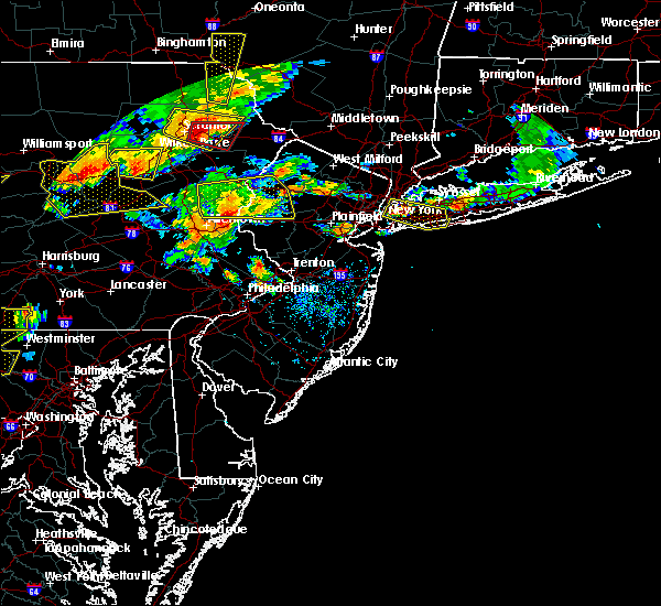 Radar Image for Severe Thunderstorms near Mountain Lake, NJ at 7/25/2016 4:37 PM EDT