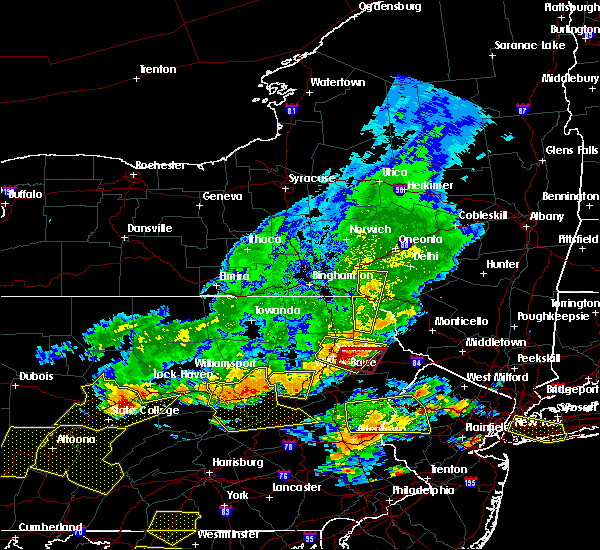 Radar Image for Severe Thunderstorms near Dunmore, PA at 7/25/2016 4:38 PM EDT