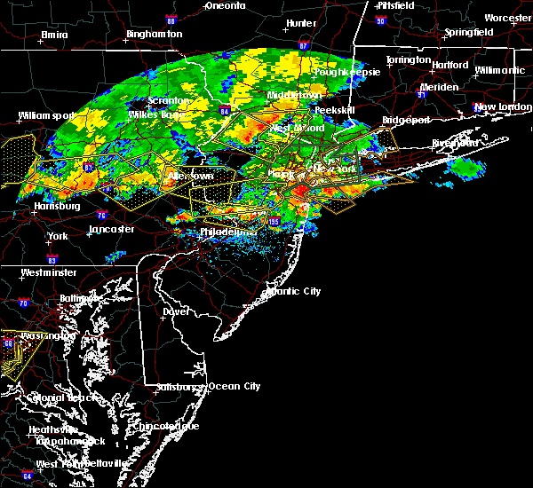 Radar Image for Severe Thunderstorms near Roebling, NJ at 7/25/2016 6:05 PM EDT