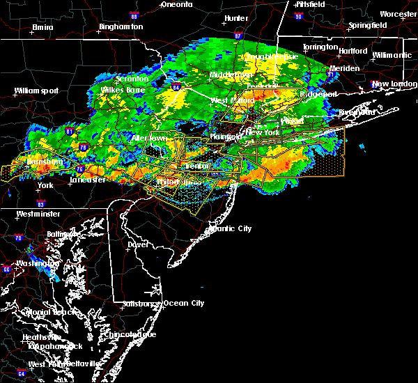 Radar Image for Severe Thunderstorms near Roebling, NJ at 7/25/2016 6:46 PM EDT