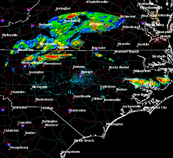 Radar Image for Severe Thunderstorms near South Boston, VA at 7/27/2016 6:07 PM EDT