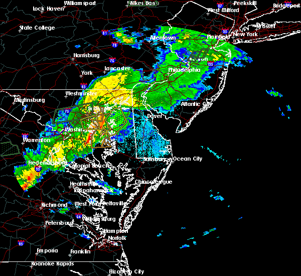 Radar Image for Severe Thunderstorms near Chestertown, MD at 7/30/2016 9:32 PM EDT